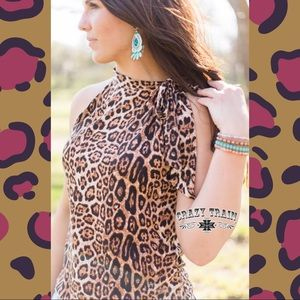 Steel Magnolias Sleeveless Leopard Tie Neck Blouse